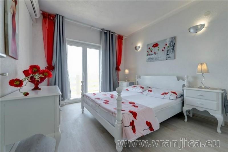 https://www.vranjica.eu/pokoje/apartman-val-ap7-4-mimice-chorvatsko-v-6036.jpg