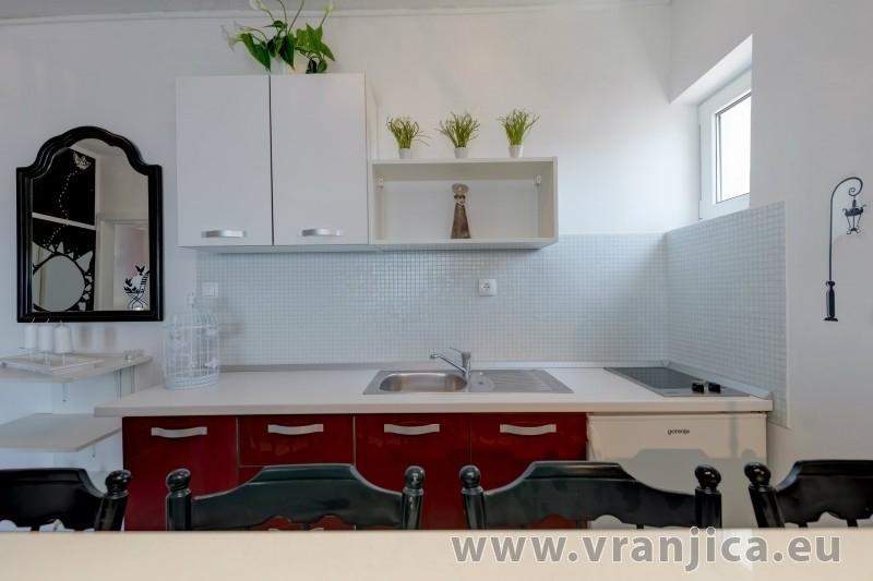 https://www.vranjica.eu/pokoje/apartman-val-ap7-4-mimice-chorvatsko-v-6044.jpg
