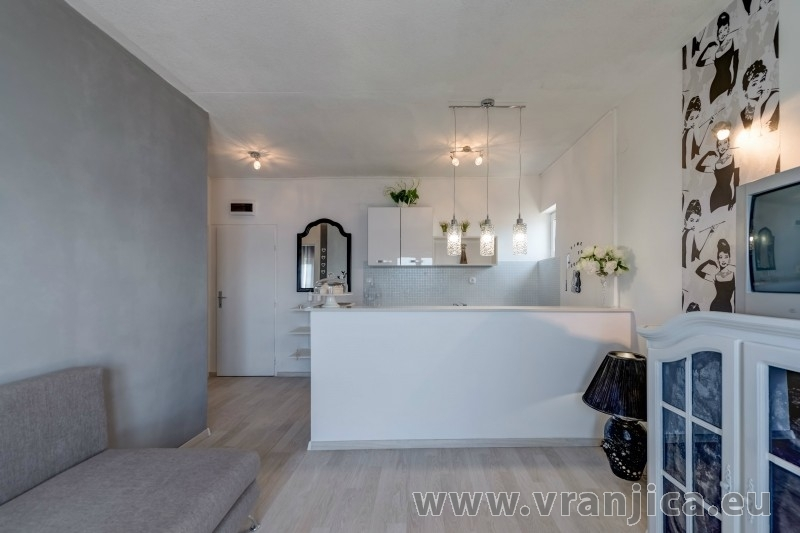 https://www.vranjica.eu/pokoje/apartman-val-ap7-4-mimice-chorvatsko-v-6045.jpg