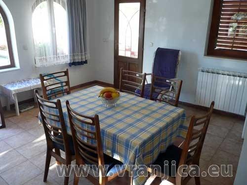 https://www.vranjica.eu/pokoje/apartman-vera-ap1-9-1--v-2987.jpg