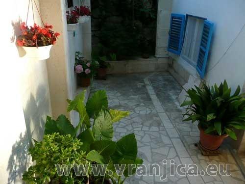 https://www.vranjica.eu/pokoje/apartman-vera-ap1-9-1--v-2989.jpg
