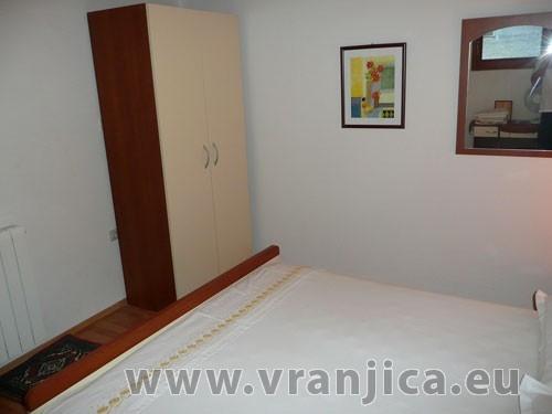 https://www.vranjica.eu/pokoje/apartman-vera-ap1-9-1--v-3003.jpg