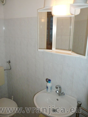 https://www.vranjica.eu/pokoje/apartman-vera-ap1-9-1--v-3008.jpg