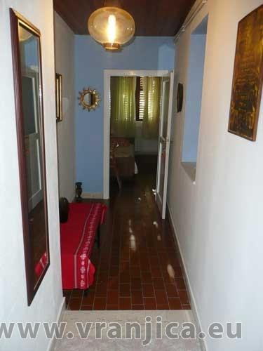 https://www.vranjica.eu/pokoje/apartman-vera-ap1-9-1--v-3010.jpg