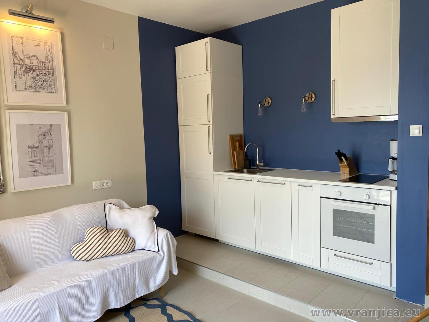 https://www.vranjica.eu/pokoje/apartman-veronika-ap2-3-1627478010L.jpg