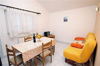 Chorvatcko Apartmán VINKO AP3 (2+2) AP4 (2+2)