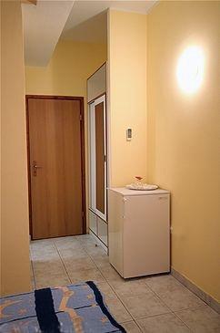https://www.vranjica.eu/pokoje/apartman-vinko-marina-pokoj-p2-2--v-1283.jpg
