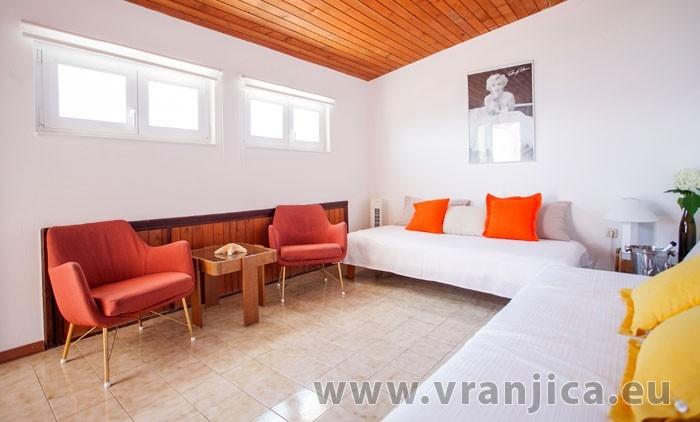 https://www.vranjica.eu/pokoje/apartman-visnja-ap-a-4--v-6910.jpg