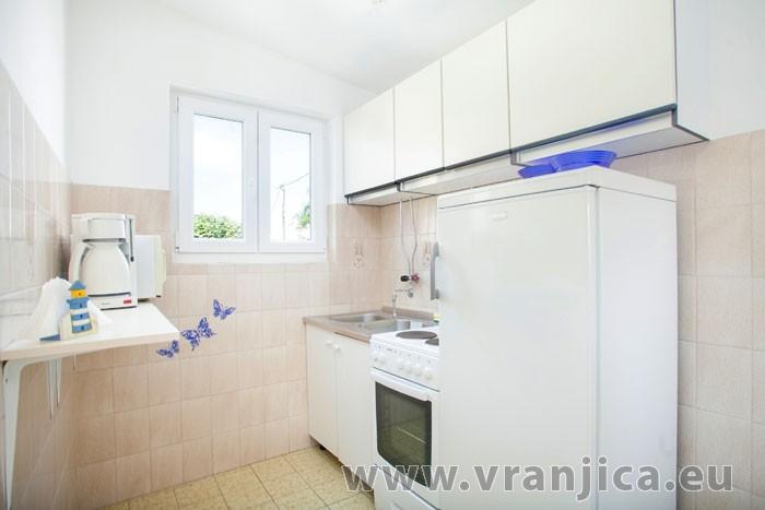 https://www.vranjica.eu/pokoje/apartman-visnja-ap-b-2-1--v-6924.jpg