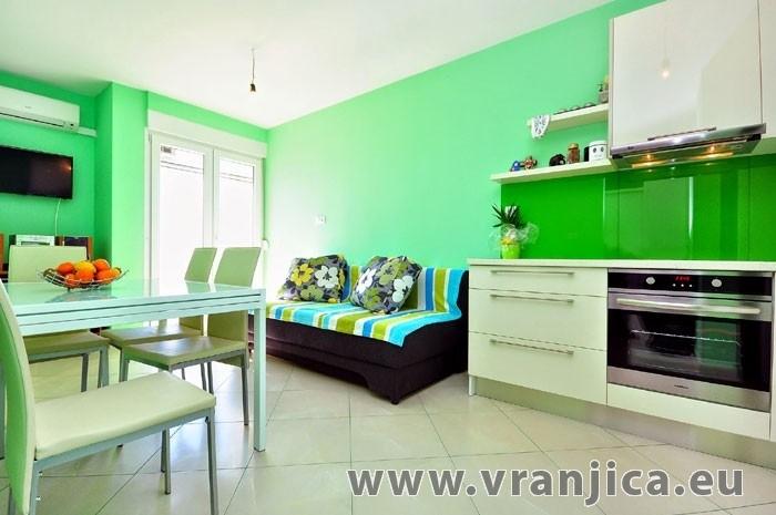 https://www.vranjica.eu/pokoje/apartman-vranjovic-ap1-4--v-4619.jpg