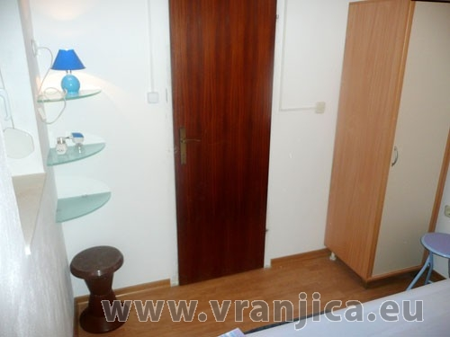 https://www.vranjica.eu/pokoje/apartman-zoran-ap-1-4-1--v-541.jpg