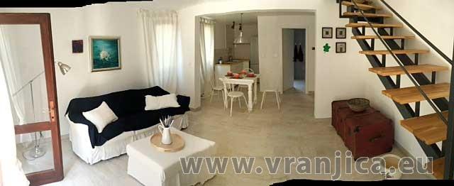 https://www.vranjica.eu/pokoje/vila-fig-vila-5--v-5257.jpg