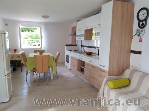 https://www.vranjica.eu/pokoje/vila-tonka-vila-6--v-5640.jpg